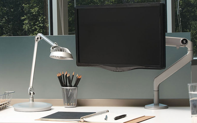 Humanscale Vision LED Light