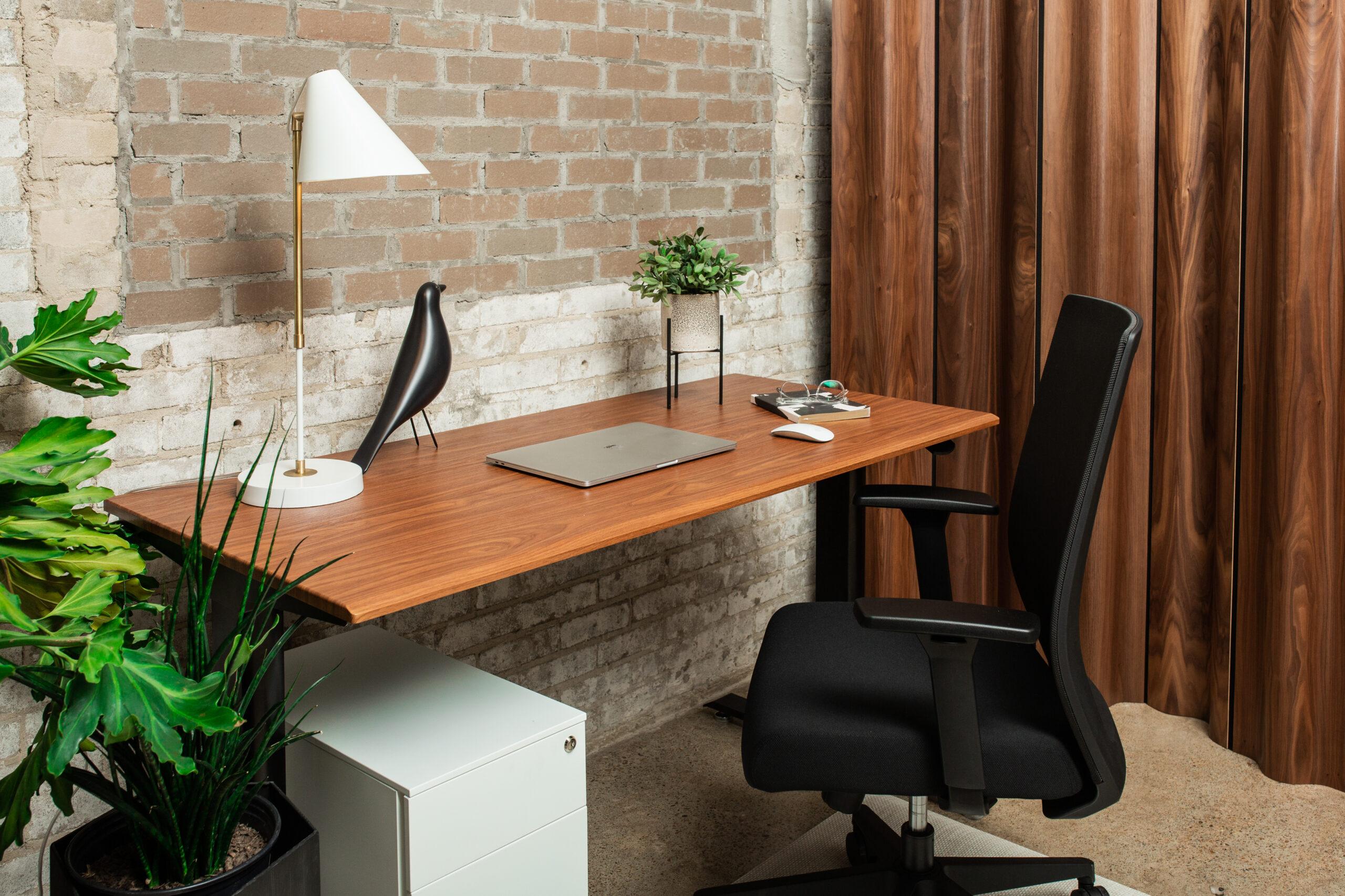 Our Favorite Height Adjustable Desks