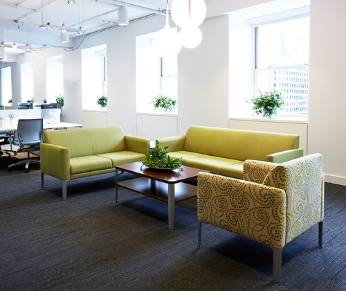 Ways your small business office space can improve your for Small corporate office design